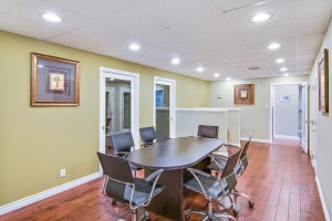 2a-conference-room-whittier-professional-suites-3