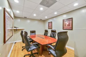 2b-conference-room-whittier-executive-suites-2