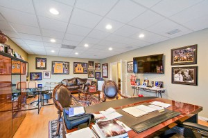 professional-business-suites-in-whittier-1
